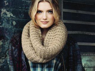 Самый главный тренд сезона: шарф-хомут. Как носить? (фото)