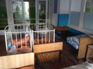 После скандала Алчевскую детскую больницу начали приводить в порядок