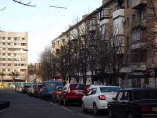 Знаменитые рок-музыканты стали причиной пробки в центре Луганска (фото)