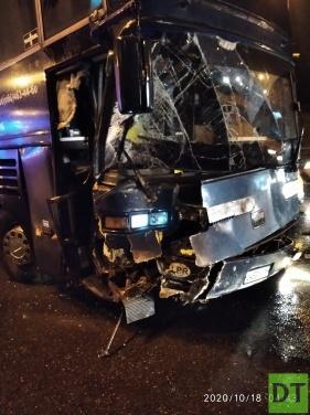Рейсовый автобус «Луганск— Москва» попал в крупную аварию на московской кольцевой дороге. Есть пострадавшие. ФОТО