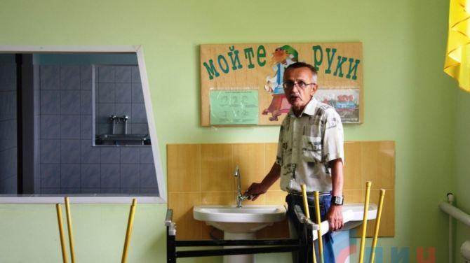 В школах Свердловского района идет строительство столовых +