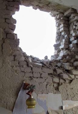 Луганск разрушенный: библиотека им. Горького +